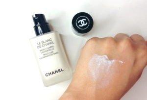 Chanel Illuminating Base